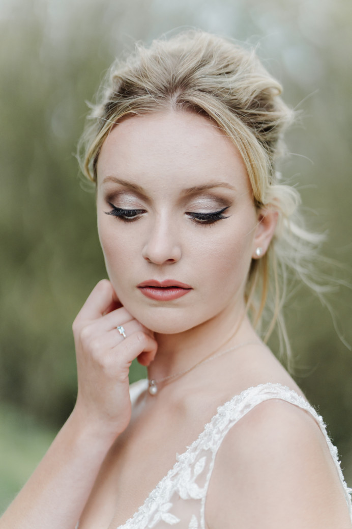 - Make Me Bridal Artist: Makeup by Katy. Photography by: Chloe Ely. #classic #blonde #flawless #eyeliner
