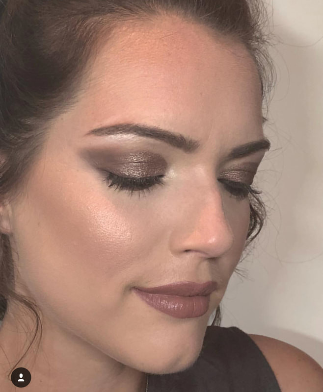 Glam makeup - Make Me Bridal Artist: The studio effect . Photography by: abbie wiggins. #glamorous #makeup #highlight #fullcoverage