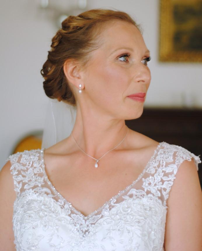 Beautiful vintage inspired makeup - Make Me Bridal Artist: Jenna Dale Makeup Artist. Photography by: Jenna Dale. #classic #bridalmakeup #elegantmakeup #traditional #vintageinspired