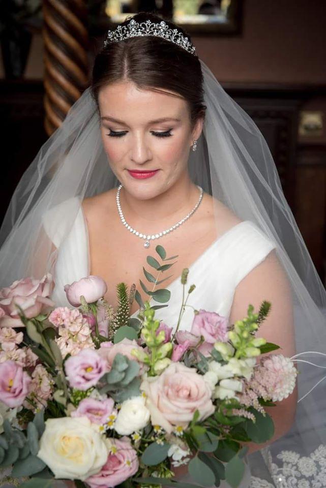 - Make Me Bridal Artist: Jenna Dale Makeup Artist. Photography by: Foster Photography. #elegantmakeup #modernbride #simplemakeup