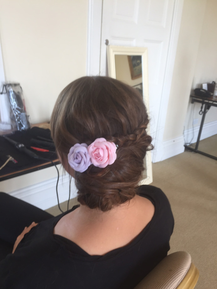 - Make Me Bridal Artist: Lolo & Co.. #roses #hairup