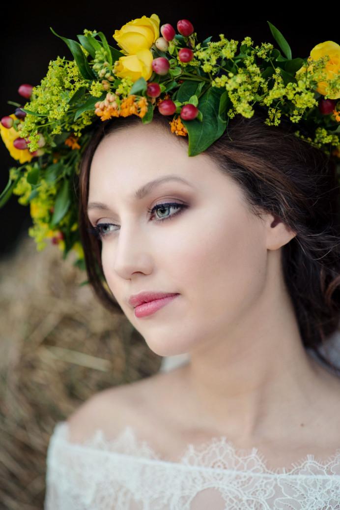 - Make Me Bridal Artist: Lolo & Co.. Photography by: Jennifer Sinclair. #bohemian #boho #flowercrown #bridalhair #roselip #relaxedupdo