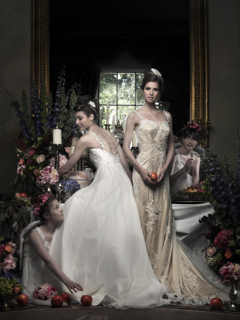 It was an absolute pleasure to work with celebrity photographer and artist Simon Weston for award winning dress designer Natalie Gladman of Madeline Isaac James. This was an extravagantly styled shoot set in the lavish and grand Trinity house in London (now available for weddings too!) which overlooks the Tower of London.