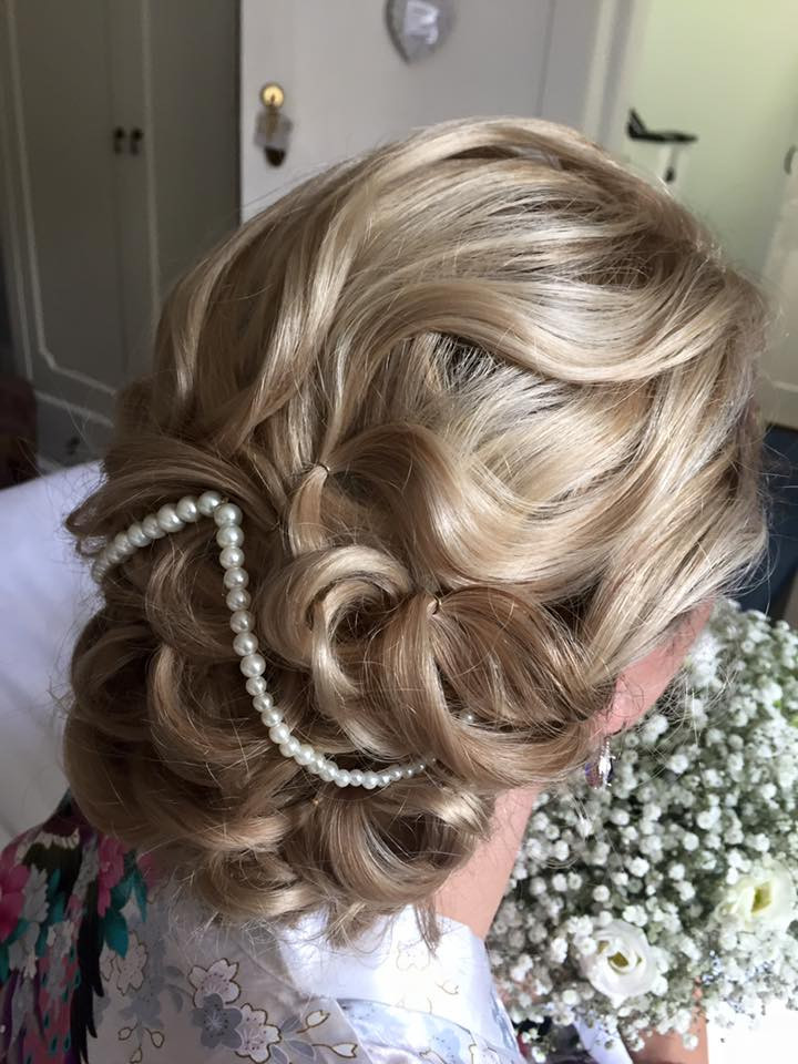 - Make Me Bridal Artist: Lolo & Co.. #classic #vintage #glamorous #halfuphair #bridalhair #updo #soft #lowupdo