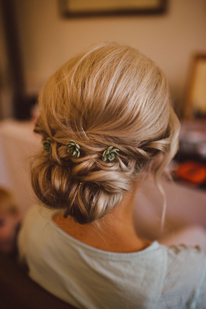 - Make Me Bridal Artist: Lolo & Co.. Photography by: Matt Lee Photography. #bridalhair #blonde