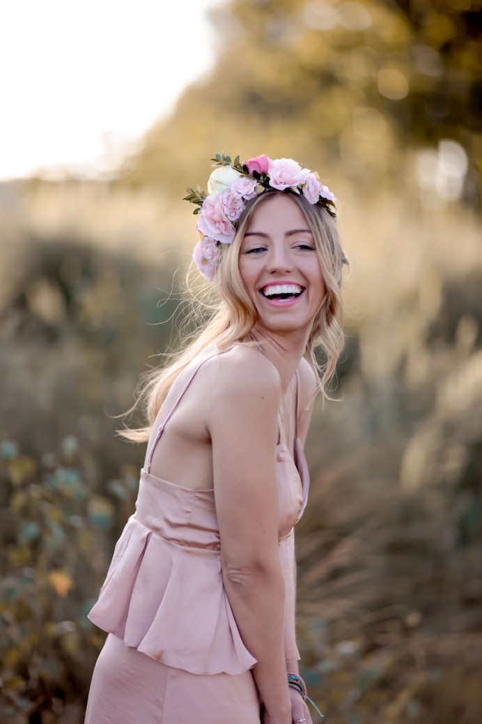 Pretty pink flower crown and relaxed curls - Make Me Bridal Artist: Wild Rose Hair . Photography by: Rebecca Searle . #bohemian #boho #flowercrown