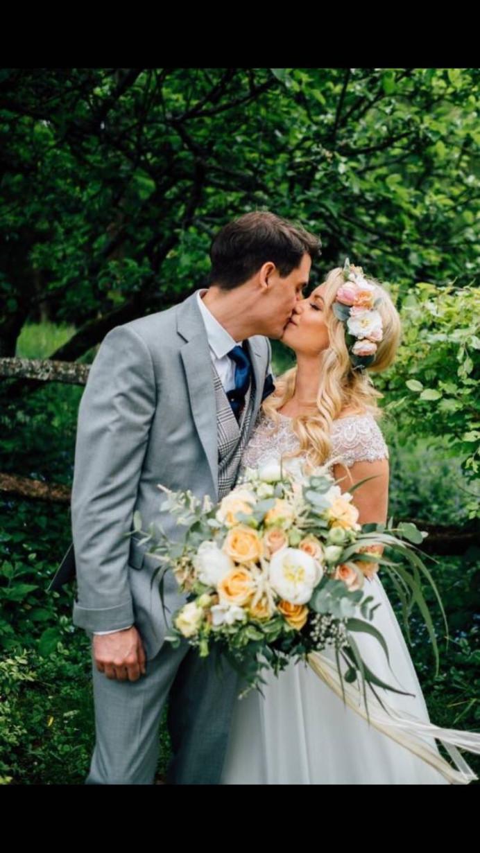Gorgeous floral hair crown for a pretty bridal style - Make Me Bridal Artist: Wild Rose Hair . #bohemian #flowercrown #bridalhair