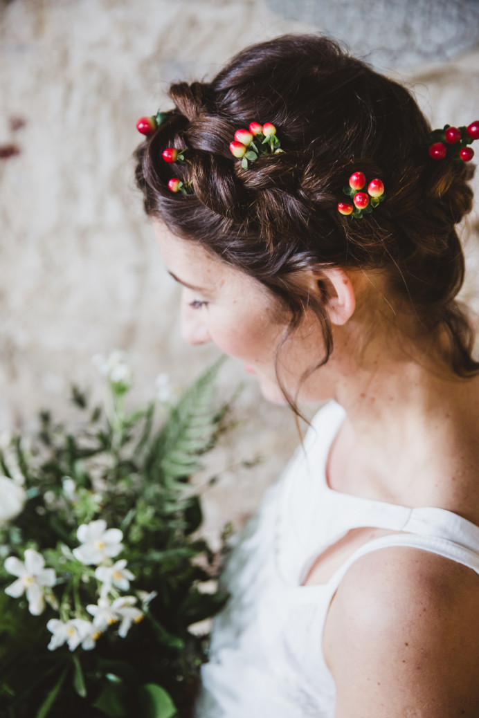 - Make Me Bridal Artist: Bridal Hairstylist Moira Borg. Photography by: Cristina. #flowercrown
