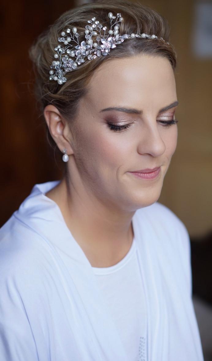 - Make Me Bridal Artist: Lynsay Gerry Makeup. #glamorous #bridalmakeup #classicmakeup #scottishwedding