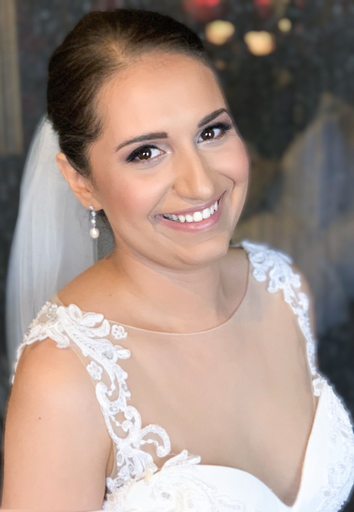 A Classic bridal makeup look created using Charlotte Tilbury's Exagger-eyes Luxury Palette - Make Me Bridal Artist: Lynsay Gerry Makeup. #classic #bridalmakeup
