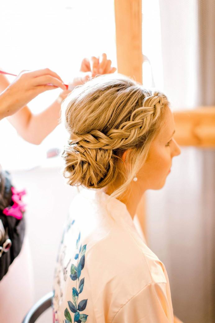- Make Me Bridal Artist: Natasha Chanel - Mobile & Bridal Hairdresser.