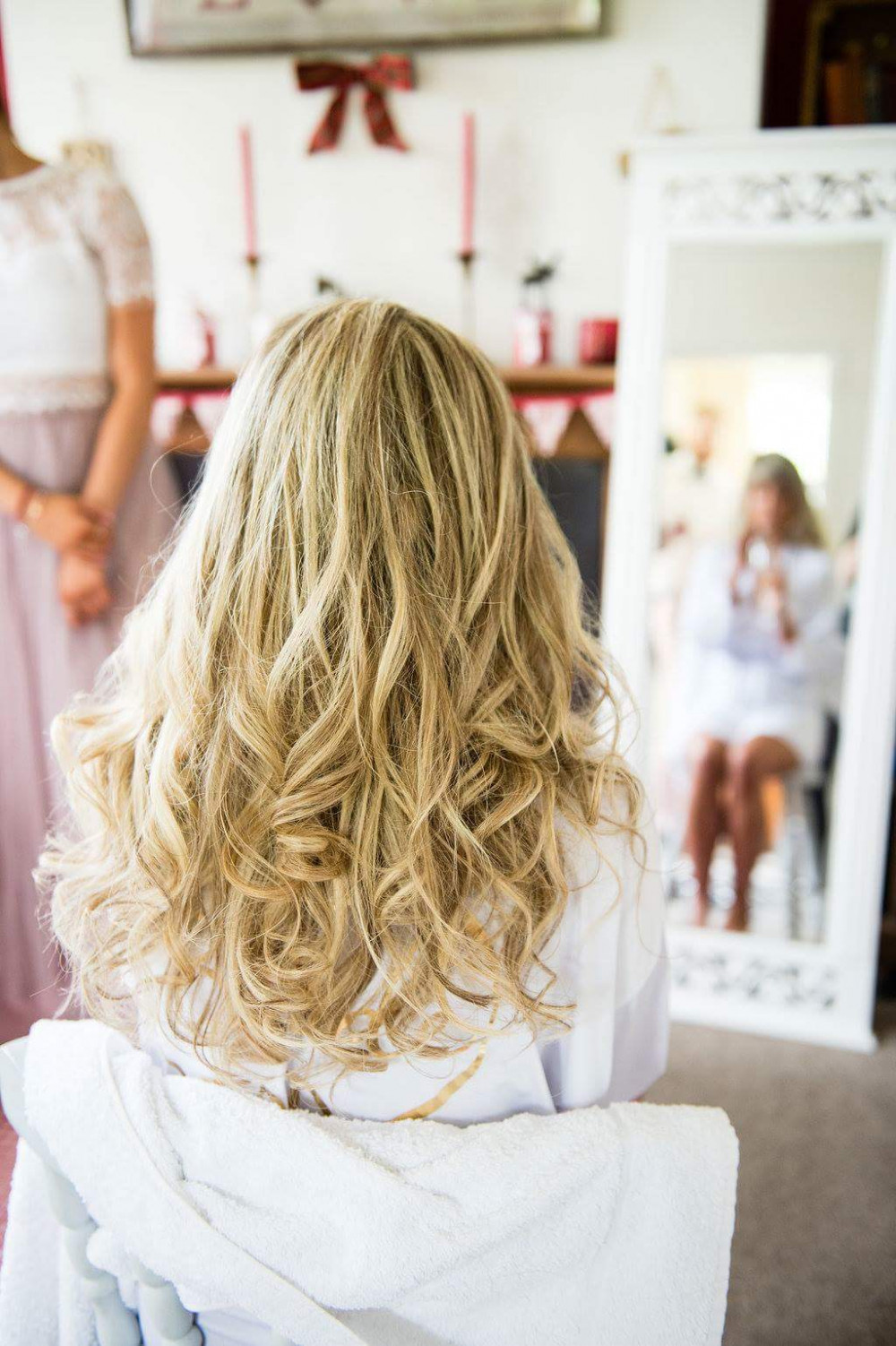 Looking for soft tousled waves for your wedding day, this fits the Bill! Perfect for Boho and Natural Brides - Make Me Bridal Artist: Bridal hair by Jennie . Photography by: Philippa Genge . #bohemian