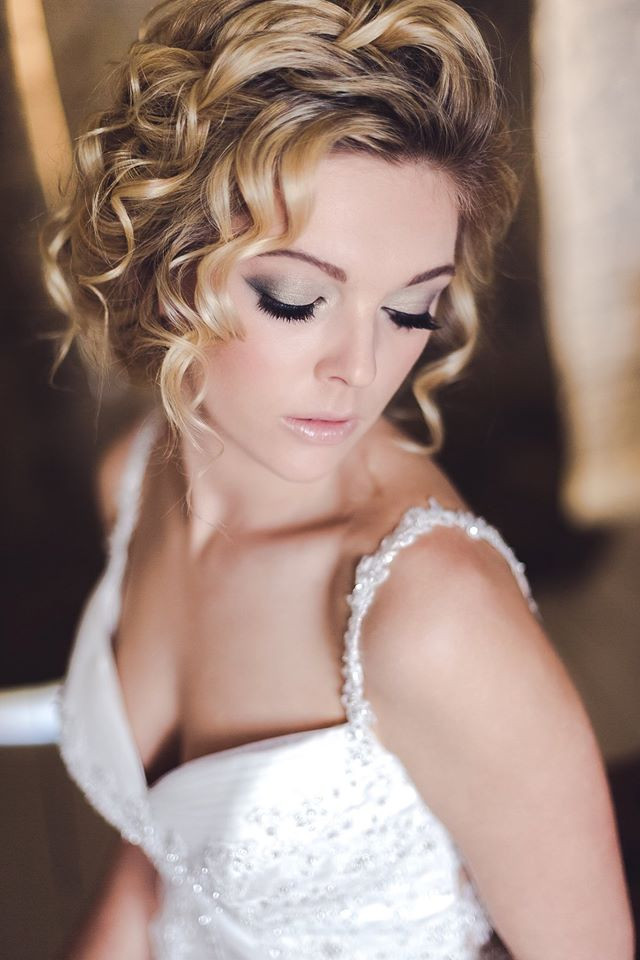 Romantic soft curls for Jenny - Make Me Bridal Artist: Beautiful Hair 4 Weddings. Photography by: Anna Marie Cooper. #bohemian #glamorous #curls #blonde #bridalhair #romantic