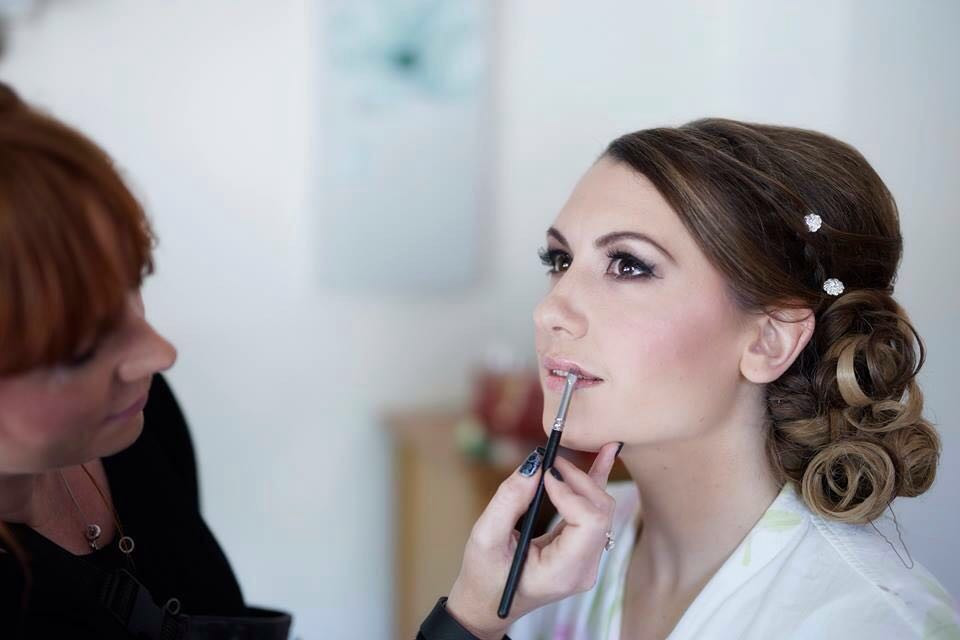 - Make Me Bridal Artist: Emma Brooks Make-up. #glamorous #weddingmorning #gettingready #bridalmakeup #meatwork #airbrushedmakeup #smokeyeyes #perfectmakeup #elegnt