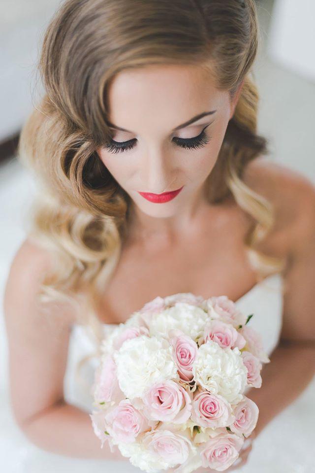Vintage Glam make up - Make Me Bridal Artist: Emma Brooks Make-up. Photography by: Anna Marie Cooper. #classic #vintage #glamorous #bridalmakeup #elegant #beauty #wingedliner #flawless #redlip #1920s #beautiful #glambride