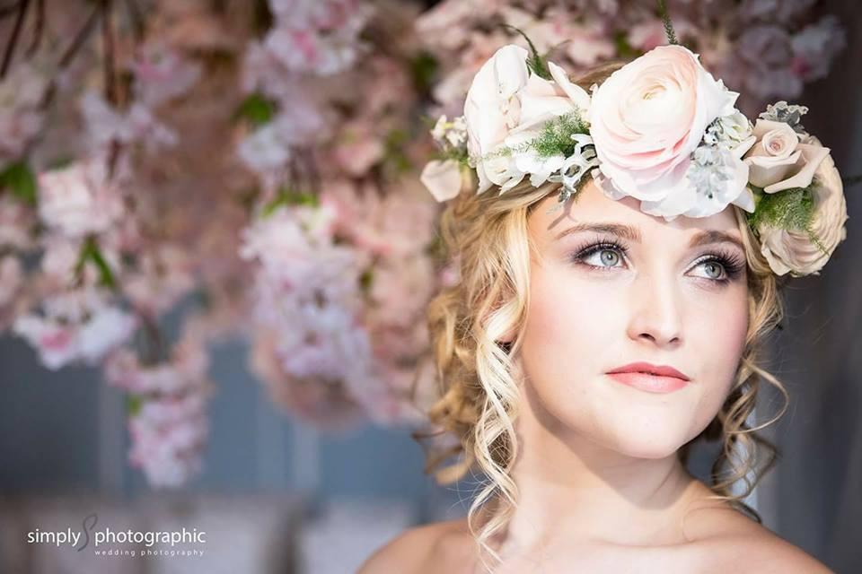 - Make Me Bridal Artist: Emma Brooks Make-up. Photography by: Simply Photographic. #glamorous #boho #flowercrown #beauty