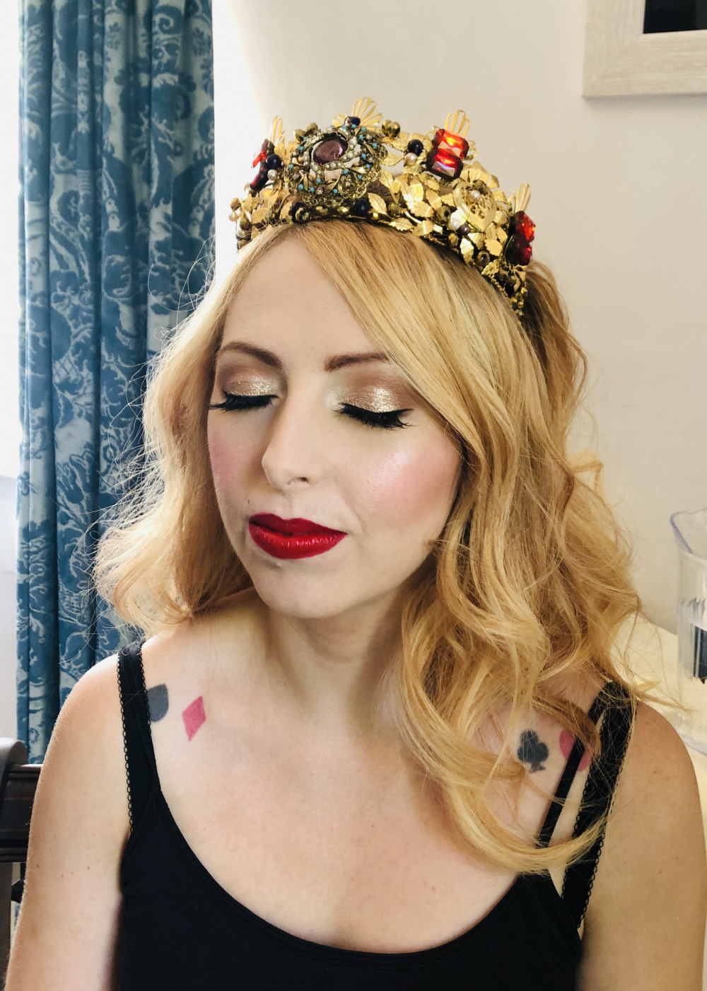 - Make Me Bridal Artist: Leanne Perilly Make-up Artist. #glamorous #bridalmakeup #coolbride #bridalmakeup #redhead #bridalmakeupartist #bride #redlip #bridalmakeupartistessex