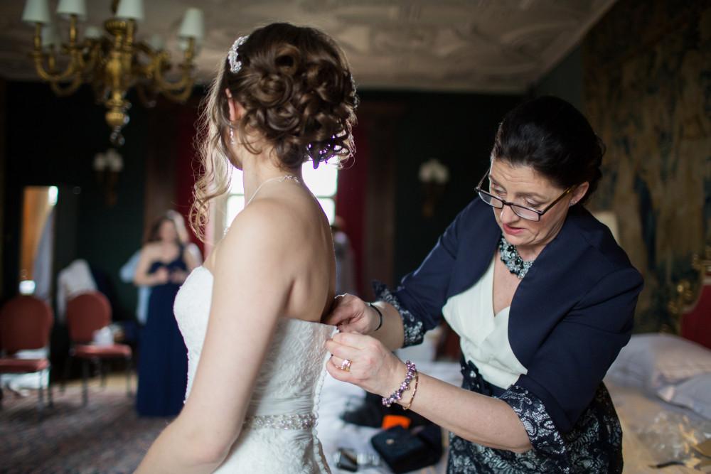 Natalies Wedding - Make Me Bridal Artist: Olta Citozi Hair and Makeup .