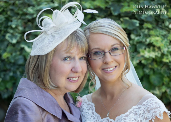 Mum wanted a very soft look and was nervous about having her makeup done but was delighted with her look. - Make Me Bridal Artist: Tania Claire Makeup Artist. Photography by: Isha Hawkings. #bridalmakeup #motherofthebride #bridesmother #weddingmakeup #surreymakeupartist #motheranddaughter #airbrushmakeup