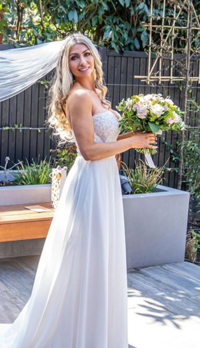 Beautiful bride Hair and makeup - Make Me Bridal Artist: RLM wedding makeup. #glamorous