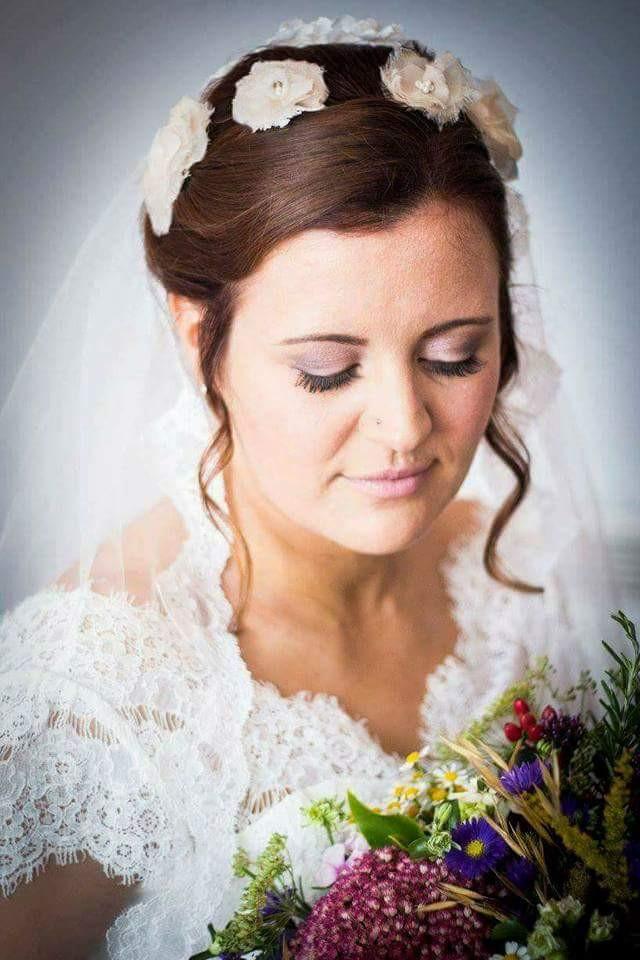 - Make Me Bridal Artist: Nicola Louise Makeup. Photography by: Photo Forrester. #classic #glamorous #weddingmorning #gettingready #bridalmakeup #bridalmakeup #makeup