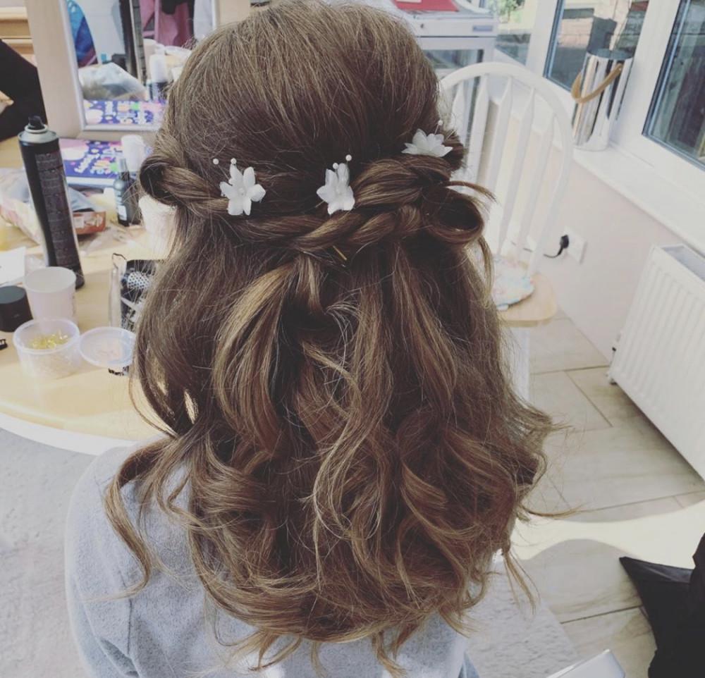 Bridesmaid Hair - Make Me Bridal Artist: Pavkoonermua.