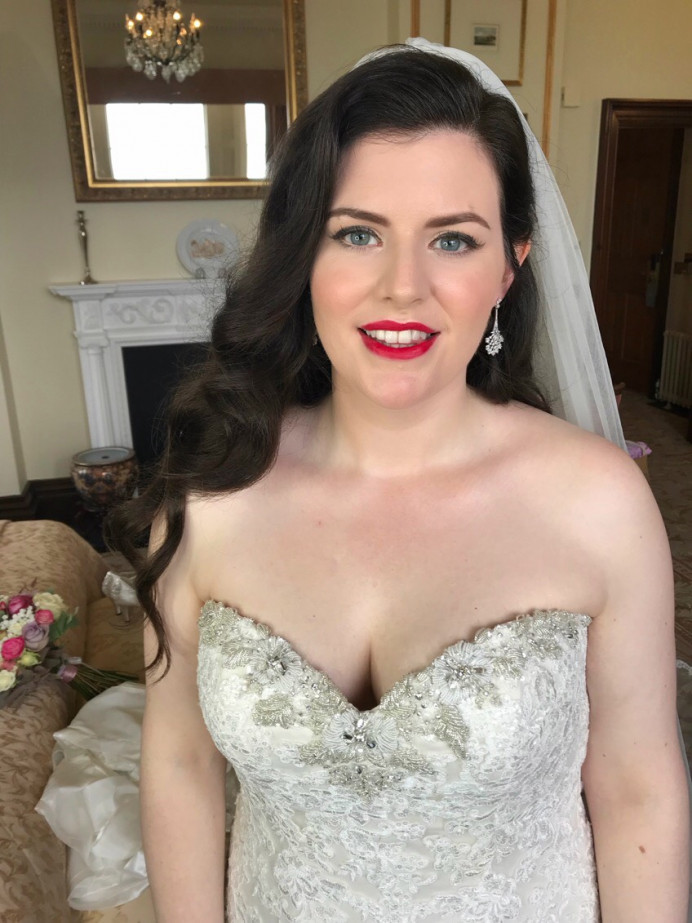 Classic Bridal makeup by Charlotte Mallinder professional makeup artist - Make Me Bridal Artist: Charlotte Mallinder Professional Makeup Artist. #classic #redlip #classicmakeup