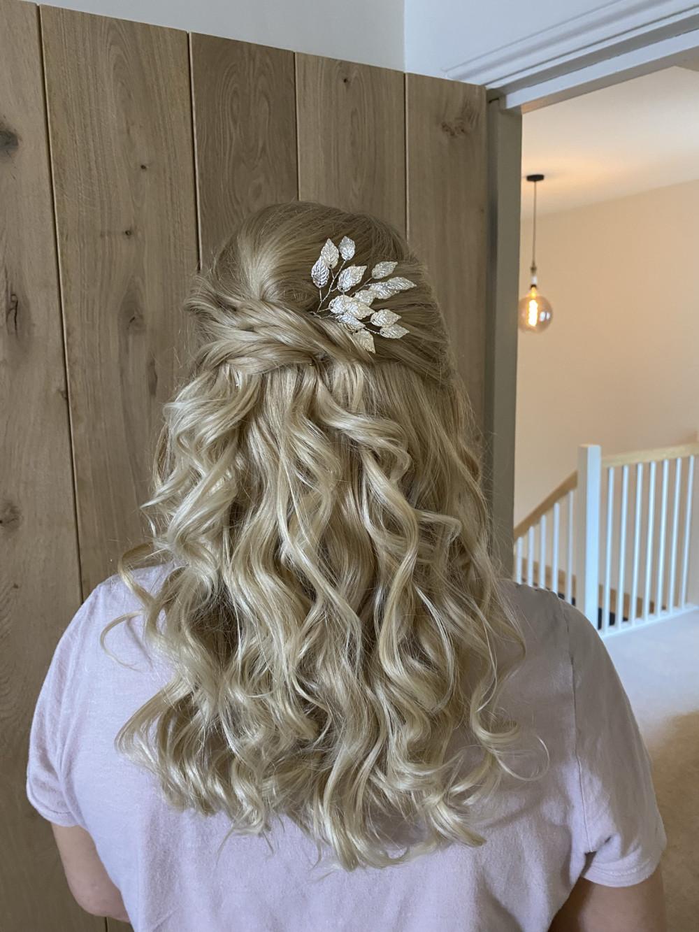 - Make Me Bridal Artist: Celfie Hair and Makeup. #bridalmakeup #bridesmaidhair #bridesmaidhair #bridesmaidhairandmakeup #bridesmaidcurls