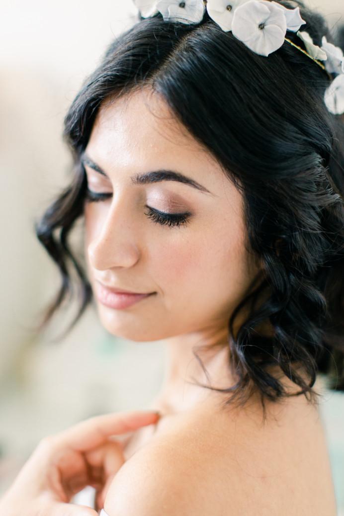 - Make Me Bridal Artist: Vicky Jiggens Makeup Artist. Photography by: Whitney Lloyd. #naturalmakeup #naturalbride #softmakeup #modernbride #naturalskin