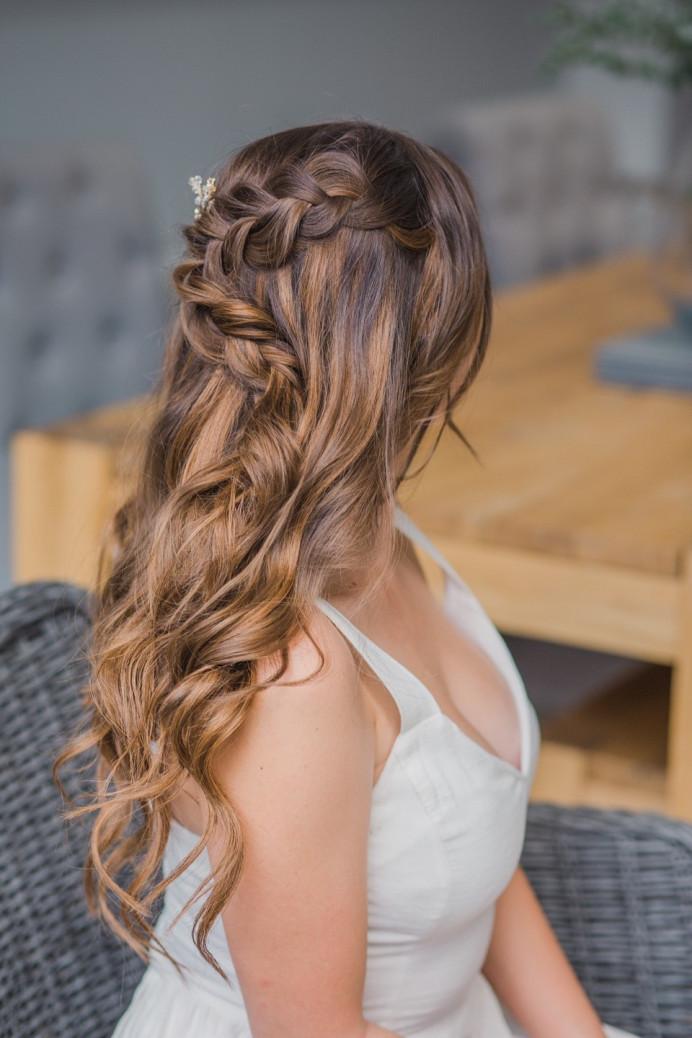 - Make Me Bridal Artist: Vicky Jiggens Makeup Artist. Photography by: Whitney Lloyd. #braids #hairdown #mermaidbraid #loosewaves #beachywaves