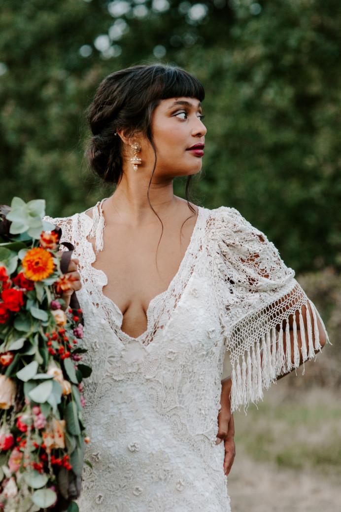 - Make Me Bridal Artist: Vicky Jiggens Makeup Artist. Photography by: Caroline Opacic. #lowupdo #bohobride #modernbride #texturedupdo #lowbun #darklip
