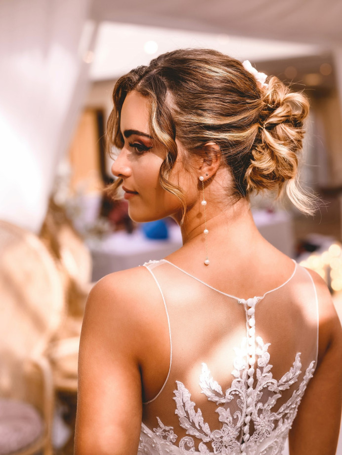 - Make Me Bridal Artist: Vicky Jiggens Makeup Artist. Photography by: Andrew Miles. #hairup #weddinghair #softupdo #blondebride #romanticupdo