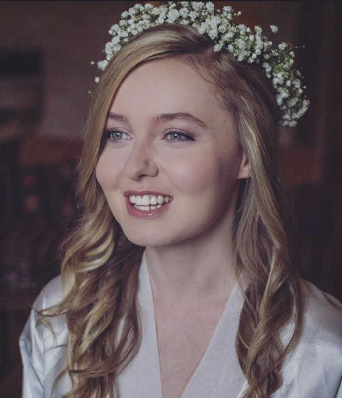 Pretty, natural bridal makeup - Make Me Bridal Artist: Powder & Paint - Makeup by Kathryn. Photography by: Kathryn Braunton. #classic #naturalmakeup #blonde #gypsophila