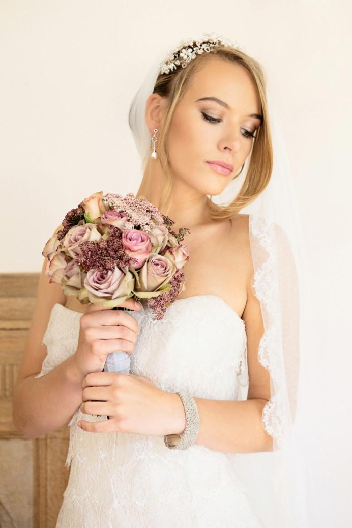 - Make Me Bridal Artist: Powder & Paint - Makeup by Kathryn.