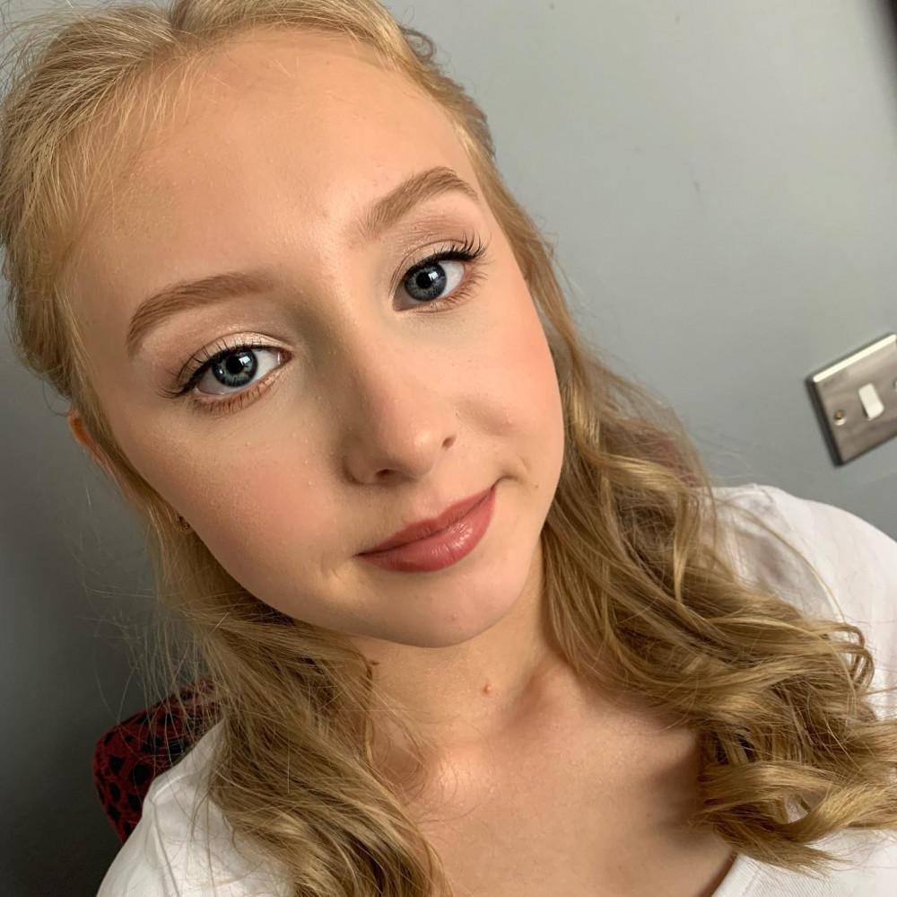 Gorgeous young bridesmaid - Make Me Bridal Artist: Joanne Lucas Makeup Artistry. Photography by: Me - Iphone camera :). #naturalmakeup #natural #bridesmaidmakeup #bridesmaid