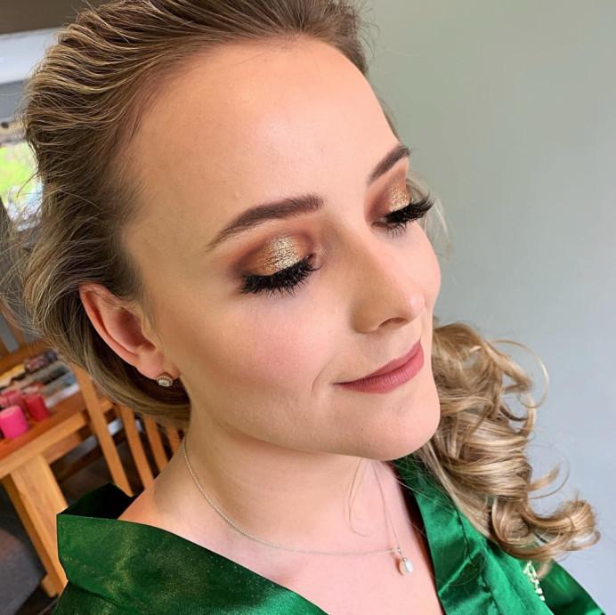 - Make Me Bridal Artist: Eloise Amy - Pro Makeup Artist. #weddingmorning #bridalmakeup #goldeyeshadow #bridalhair #bridalhairstylist #bridalprep