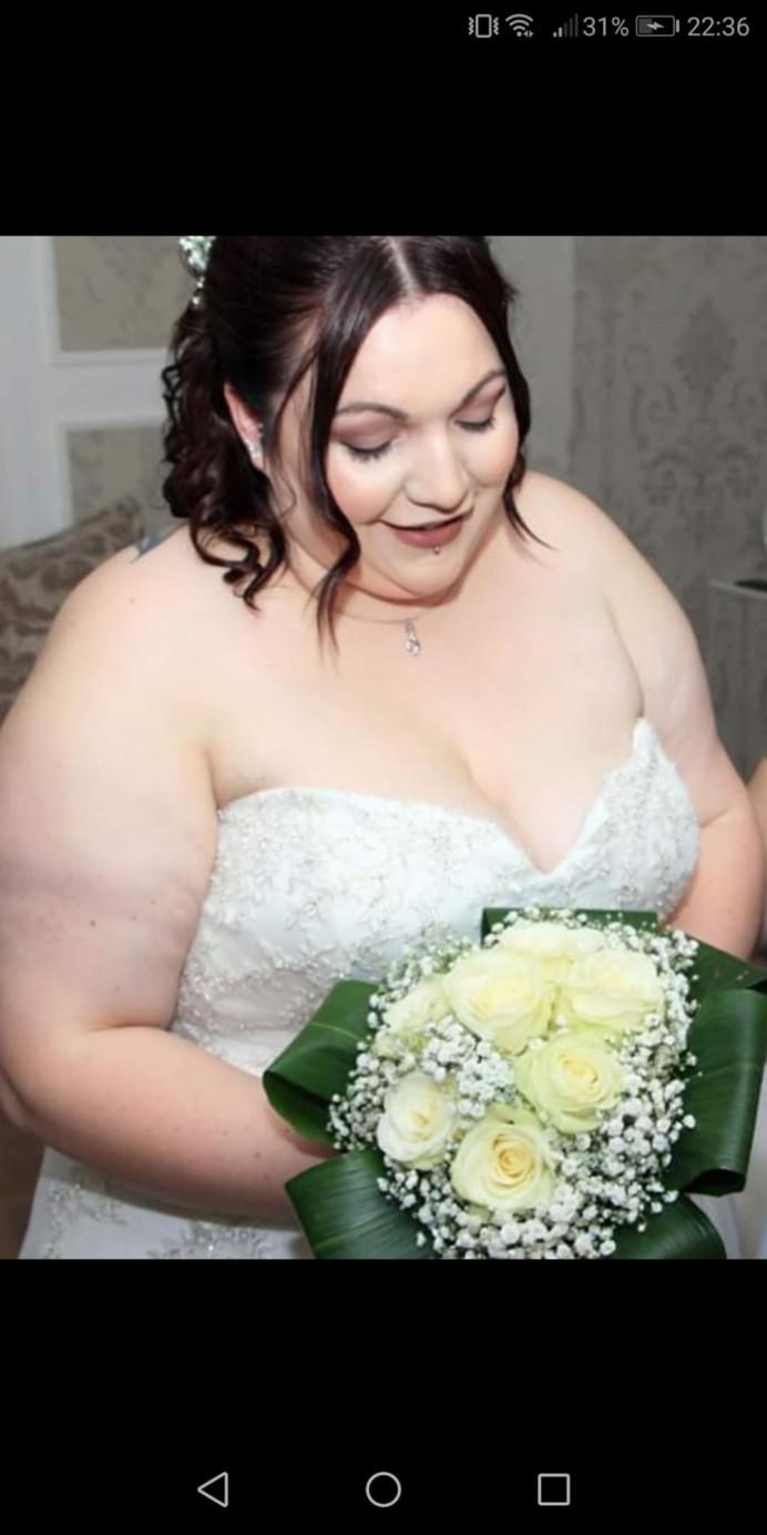 - Make Me Bridal Artist: Eloise Amy - Pro Makeup Artist. #alternative #alternativebride #smile #darklip
