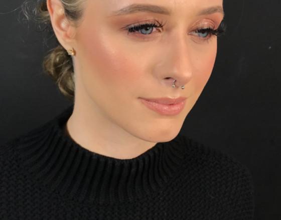 Eloise Amy - Pro Makeup Artist