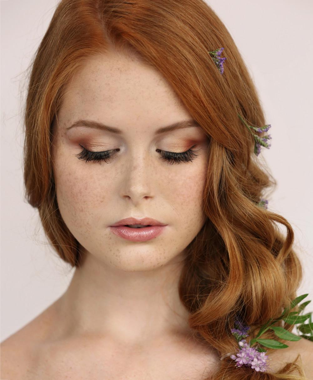 - Make Me Bridal Artist: Leanna Stibbon Makeup . Photography by: All About Image Photography. #naturalmakeup #bridalmakeup #gold
