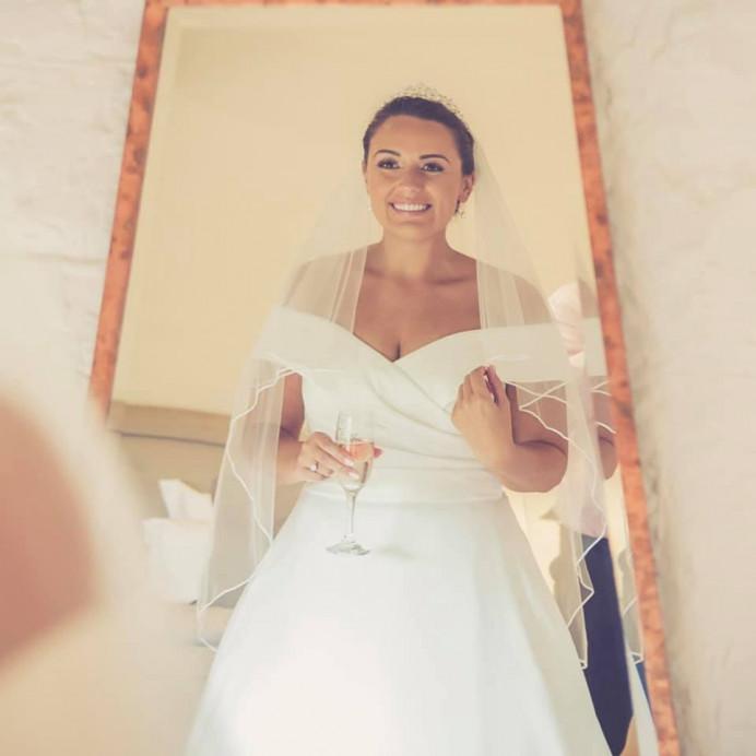 - Make Me Bridal Artist: Stephanie Warren Makeup Artist. Photography by: Ajie Jones. #classic