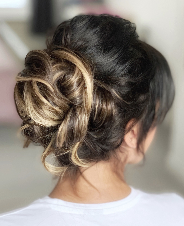 - Make Me Bridal Artist: Sharon Roberts hairdressing.