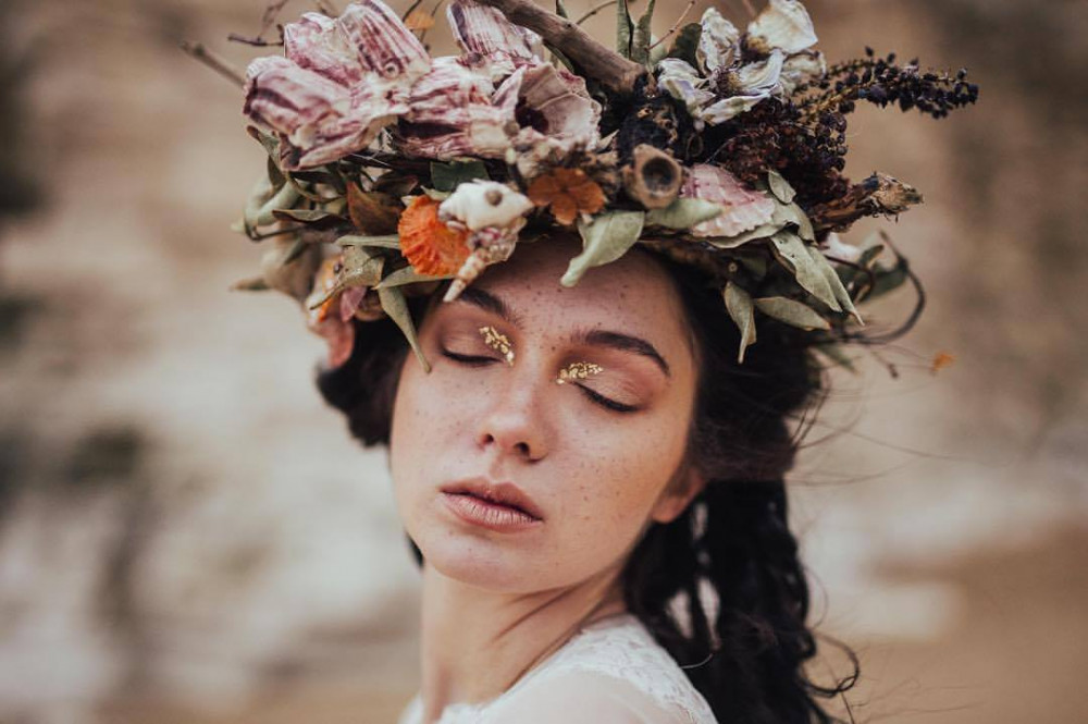- Make Me Bridal Artist: Jenn Edwards & Co. Photography by: Dani Maibaum.