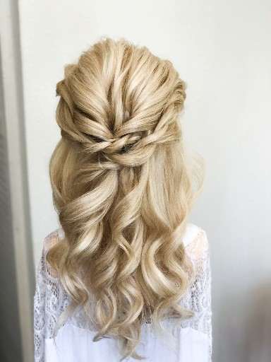 - Make Me Bridal Artist: Linda Loves Hair.