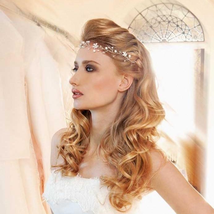A Photo-shoot for a French wedding magazine. - Make Me Bridal Artist: Brush Technik. #weddinghairandmakeup #smokeyeye #oxfordweddingmakeupartist #oxfordweddinghairandmakeup