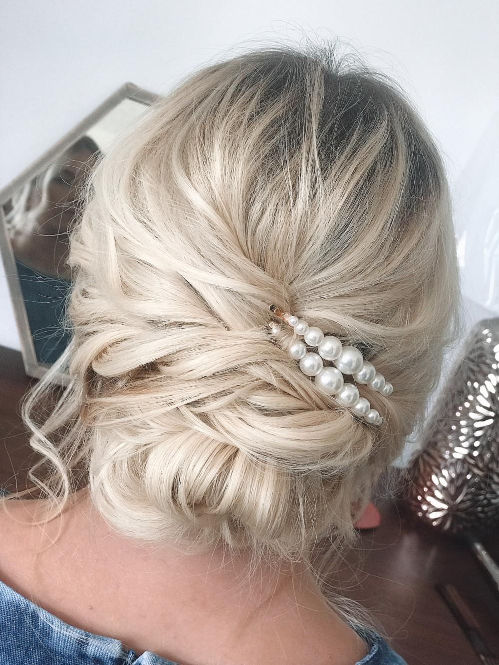 - Make Me Bridal Artist: April Natalie Hair. #boho