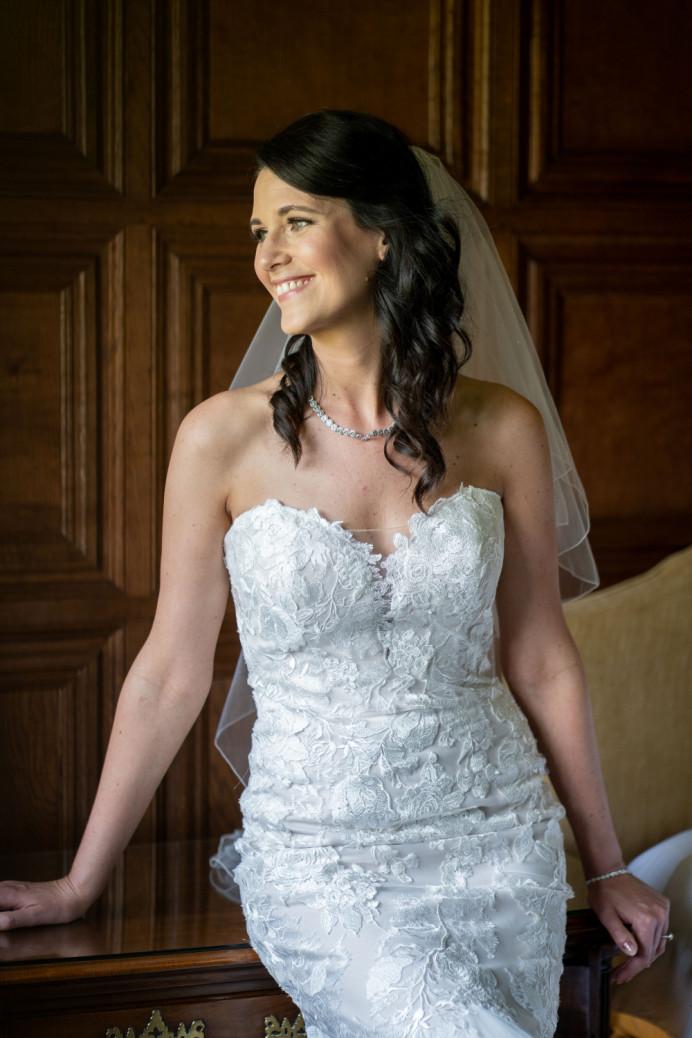 - Make Me Bridal Artist: Kelli Waldock Make Up Artist. Photography by: David Christopher Photography. #classic #glamorous #naturalmakeup #bridalmakeup