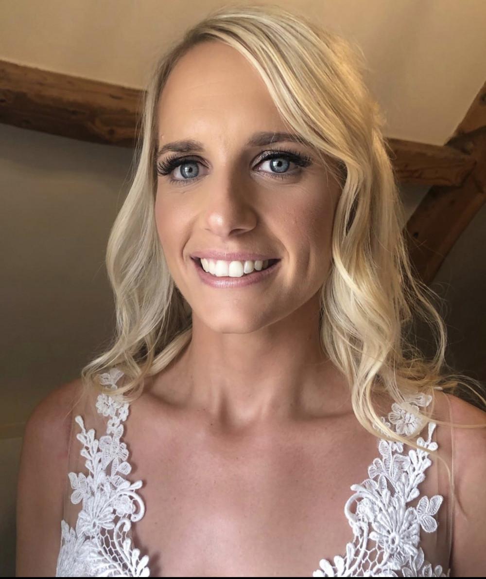 - Make Me Bridal Artist: Leanne Oneill Makeup. #glamorous #bridalmakeup #glambride