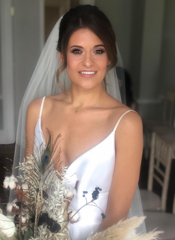- Make Me Bridal Artist: Leanne Oneill Makeup. #bridalmakeup #weddinghairandmakeup