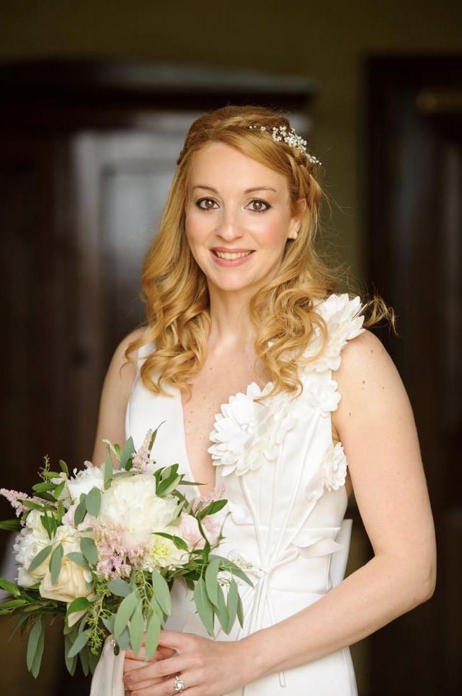 A Bride should be two things ,Classy & Fabulous! Paola's wedding day - Make Me Bridal Artist: Eleni Liatsou Make up. #bridalmakeup #makeupartistlondon #weddingmakeupreading #glowingskin #classybride #romanticstyle #smokeyeyes
