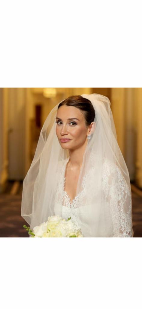 My Make up services specialise in bringing out the Beauty you were born with in a smooth and elegant way while adding a sudden spark of confidence! Bridal makeup in London 2019 - Make Me Bridal Artist: Eleni Liatsou Make up. #bridalmakeup #weddingmakeup #eyeliner #classicmakeup #classicbride #naturalbeauty #beautifulelegantbride #naturalskin